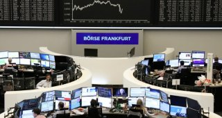 European stocks clock best weekly showing in 2 months, French shares shine