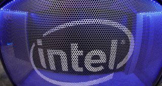 Intel's blockbuster results lift shares to dotcom peak, fire up sector