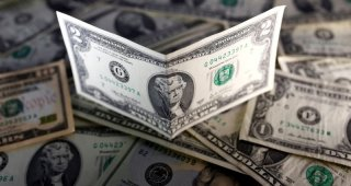 Dollar rises as virus worries hurt risk appetite