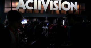 'Call of Duty' propels Activision to raise full-year sales forecast
