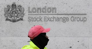 Energy, bank stocks drive FTSE 100 higher