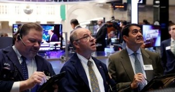 US Stocks Drop After Strongest S&P 500 Rally in Nine Months; Yields Head Lower
