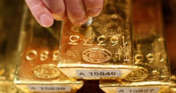 Australian Dollar Rebounds on Iron Ore and Gold Rush