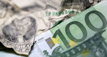 Dollar climbs as weak German data dents euro