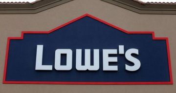 GLOBAL MARKETS LIVE: Lowe's, Square, Softbank…