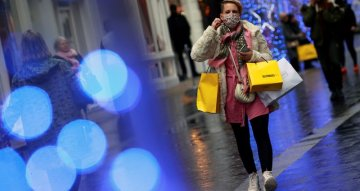 UK consumer spending plunges as new lockdown bites - Barclaycard
