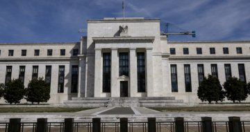 Investors back off view that Fed could raise rates in late 2022