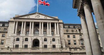 Bank of England handhaaft monetair beleid