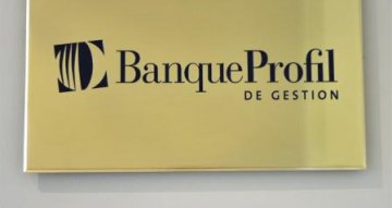 Banque Profil de Gestion: un actionnaire tape du poing sur la table