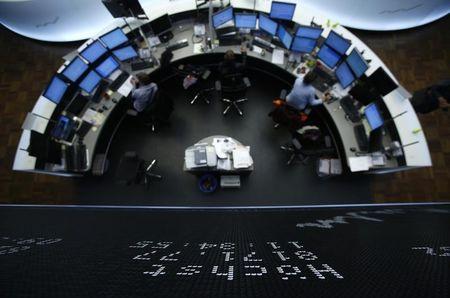 Photo of Les marchés des actions dans une journée sans dynamisme