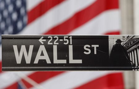 WALL STREET MARQUE UNE PAUSE AVANT LA FED