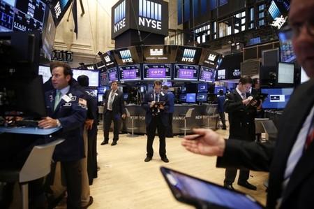 Wall Street débute en baisse une semaine tournée vers l'emploi