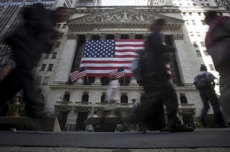 Wall Street termine en hausse, le Dow Jones à un record