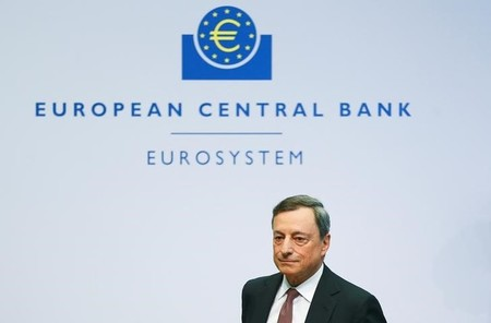 ECB President Draghi and Vice President Constancio address a news conference at the ECB headquarters in Frankfurt
