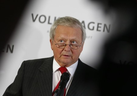 Wolfgang Porsche addresses a news conference  at the company's headquarters in Wolfburg, Germany October 7, 2015.