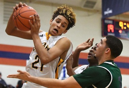FILE PHOTO:    High School Basketball: Tarkanian Classic