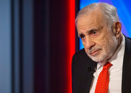 FILE PHOTO: Billionaire activist-investor Carl Icahn gives an interview on FOX Business Network's Neil Cavuto show in New York