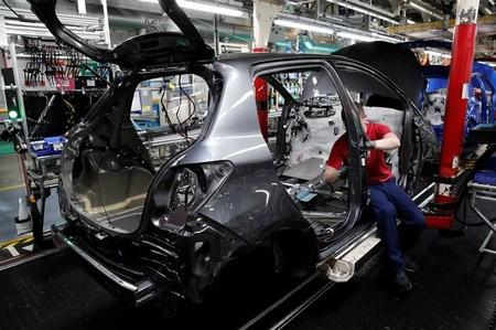 Vers 700 nouveaux emplois — Toyota Valenciennes