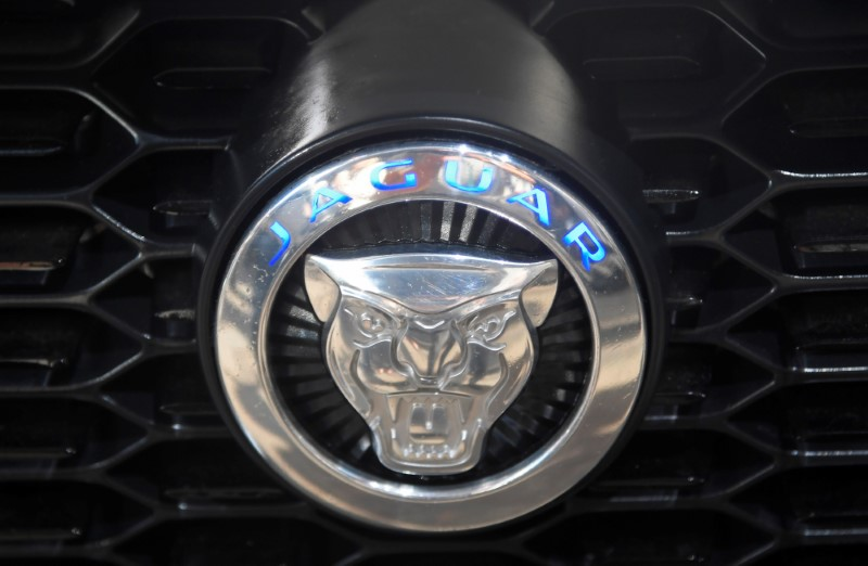 Jaguar Land Rover supprime 1 000 postes