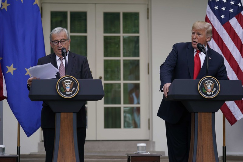 Trump Eu Leader Pledge To Cut Trade Barriers Hold Off On Further Tariffs 4 Traders