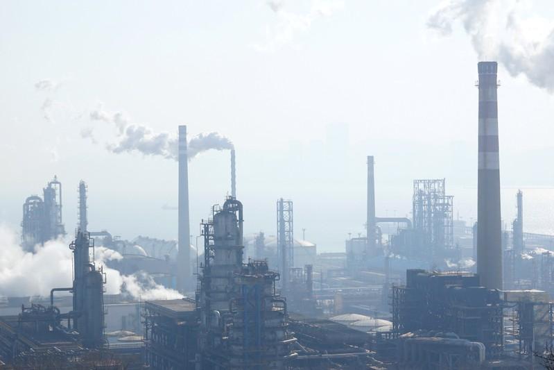 Le pétrole termine en nette hausse à New York — Marché