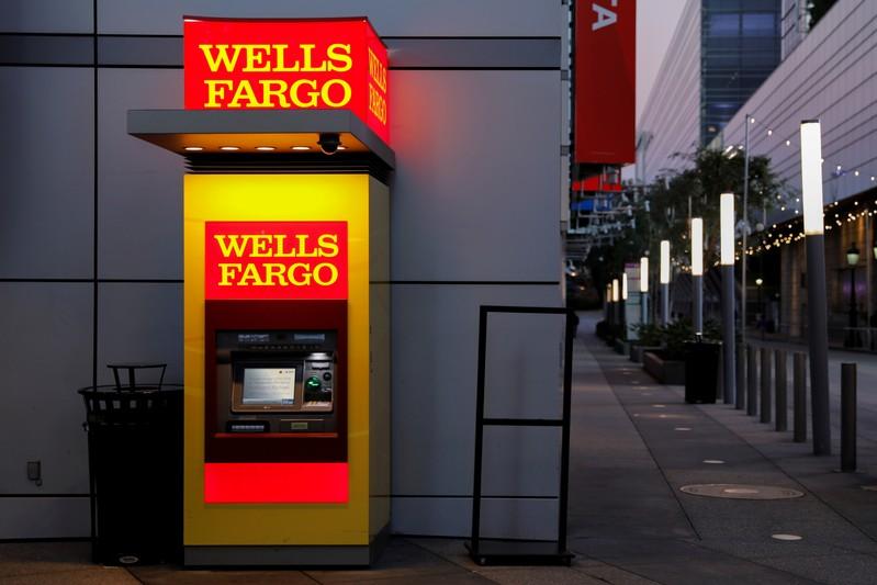 Wells Fargo : revenue outlook spooks investors | MarketScreener