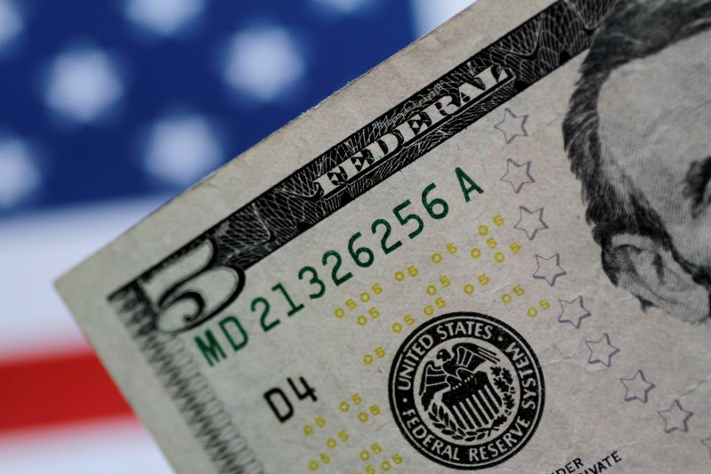Dollar Rises As Fed S Powell Cools Bets