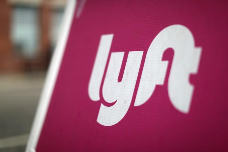 Signs of price truce push Lyft, Uber higher | MarketScreener
