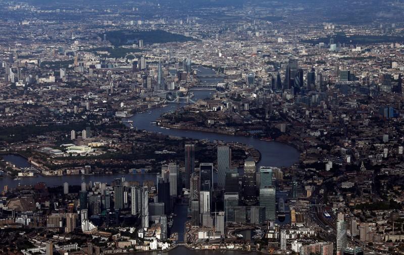 La livre sterling recule, l'économie britannique s'est contractée au deuxième trimestre