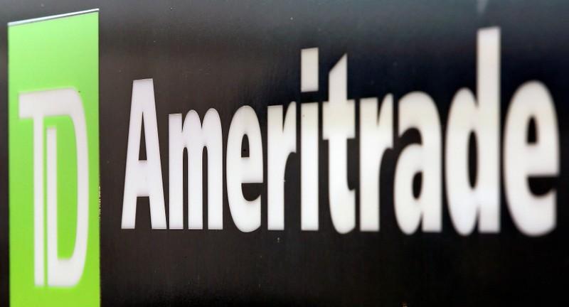 TD Ameritrade : Charles Schwab to buy TD Ameritrade in $26 billion all-stock deal | MarketScreener