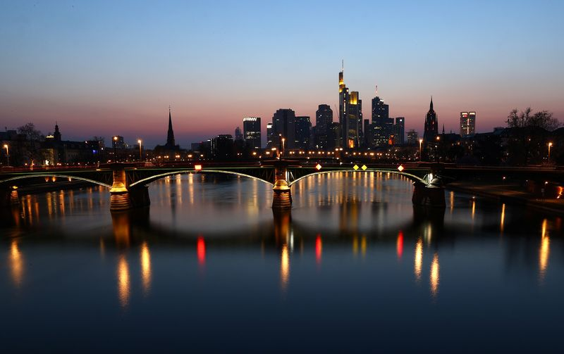 Outbreak of the coronavirus disease (COVID-19) in Frankfurt