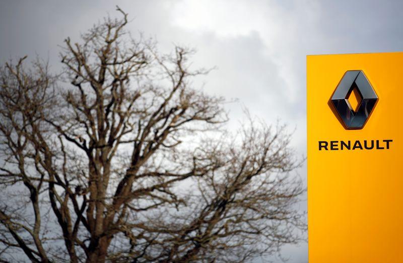 Le gouvernement n'exige pas de Renault qu'il ne ferme aucun site, dit Bruno Le Maire — Renault