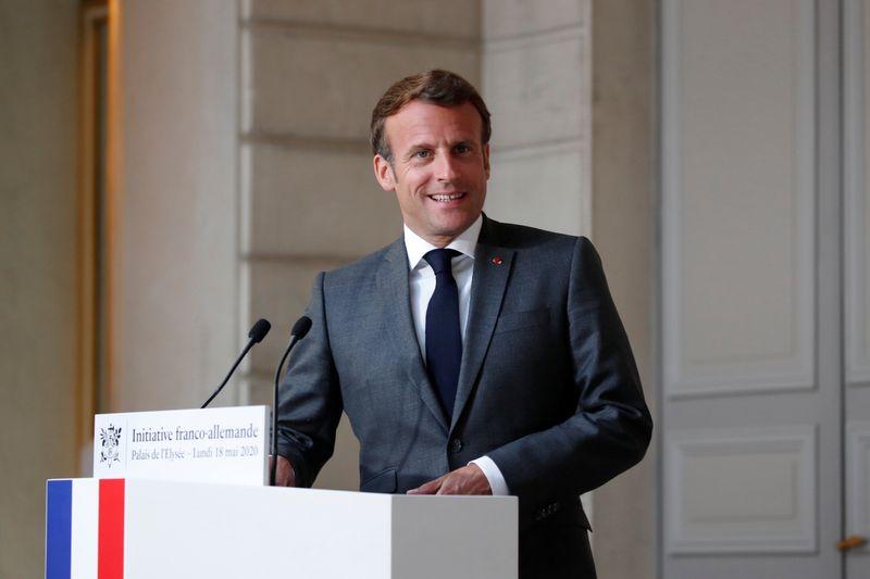 Emmanuel Macron chez Valeo pour présenter le plan automobile — Etaples-sur-Mer