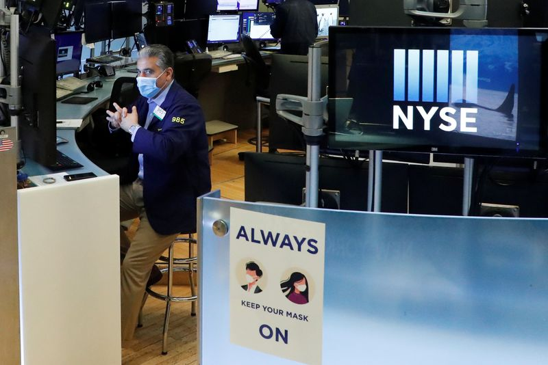 Global stocks retreat after rally on EU stimulus