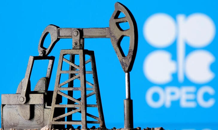 London Brent Oil : Oil: The Holy Grail of rebalancing at your fingertips?