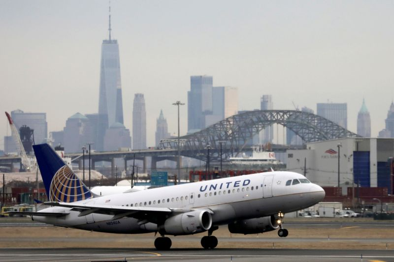 United Continental : warns of more pilot furloughs as US airlines eye second bailout thumbnail