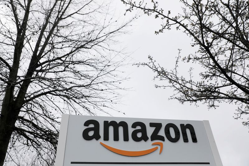 Amazon's potential investment in Rackspace would link longtime players in the cloud