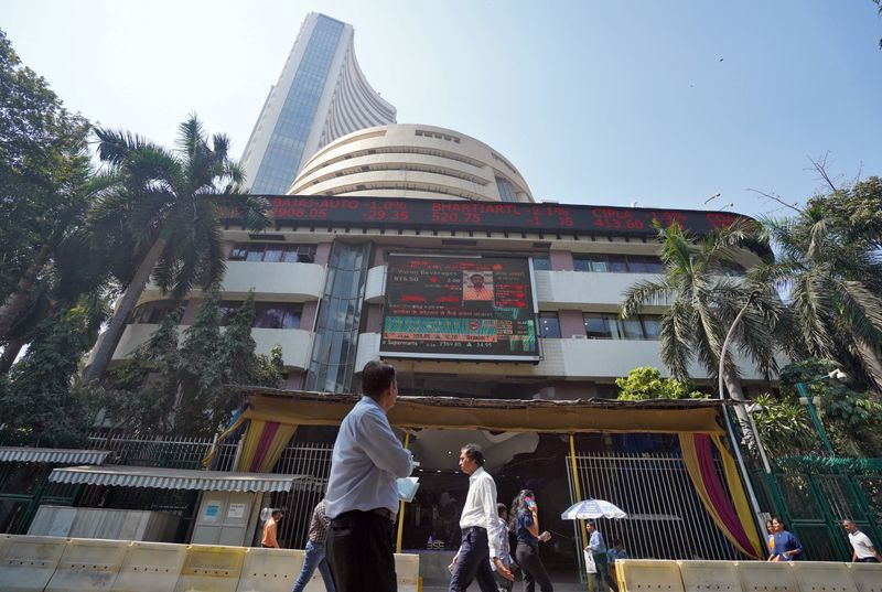 Sensex climbs 500 points, Nifty reclaims 11,200