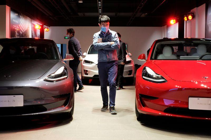 Grosse baisse de tarif pour la berline électrique — Tesla Model S