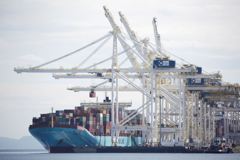 Trade deficit hits $67.1 billion, widest in 14 years