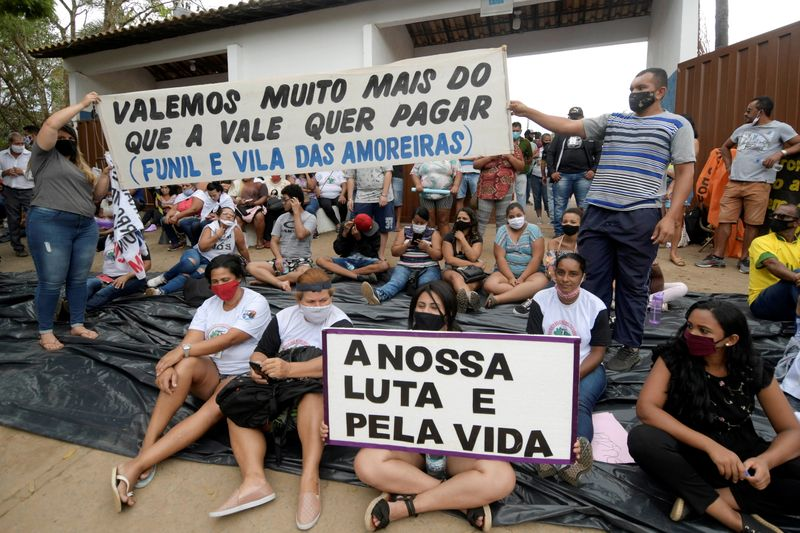 Movement of People Affected by Dams protest at Vale SA headquarters in Brumadinho
