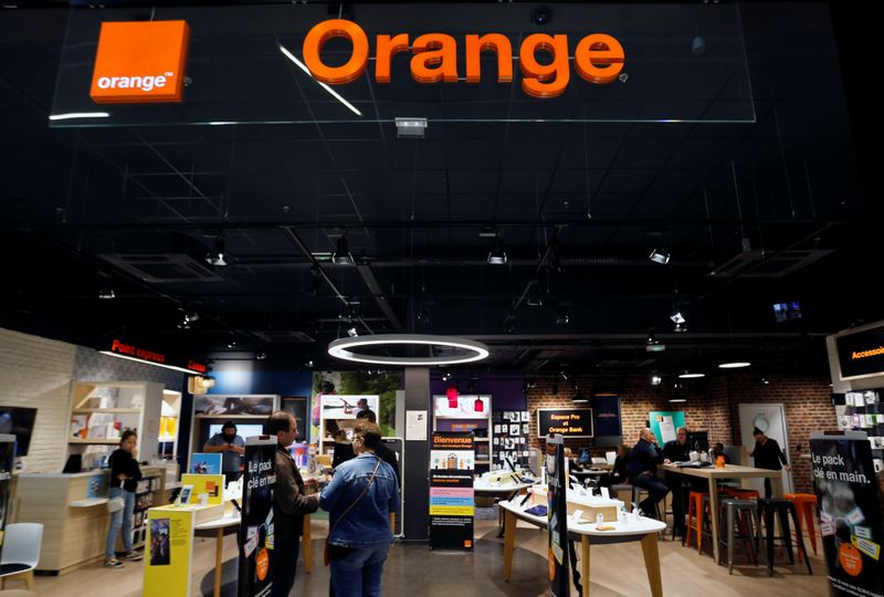 FILE PHOTO:  The logo of French telecoms operator Orange is pictured in a retail store in Bordeaux