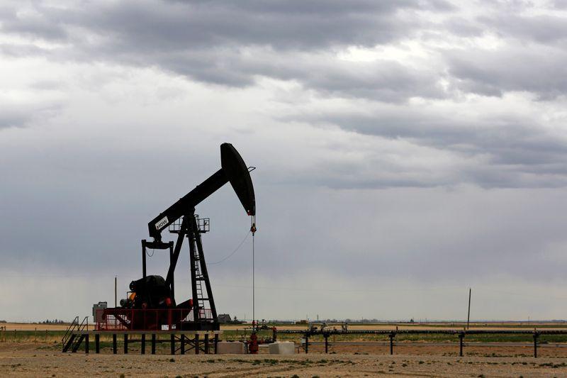 Oil hits $ 50 per barrel