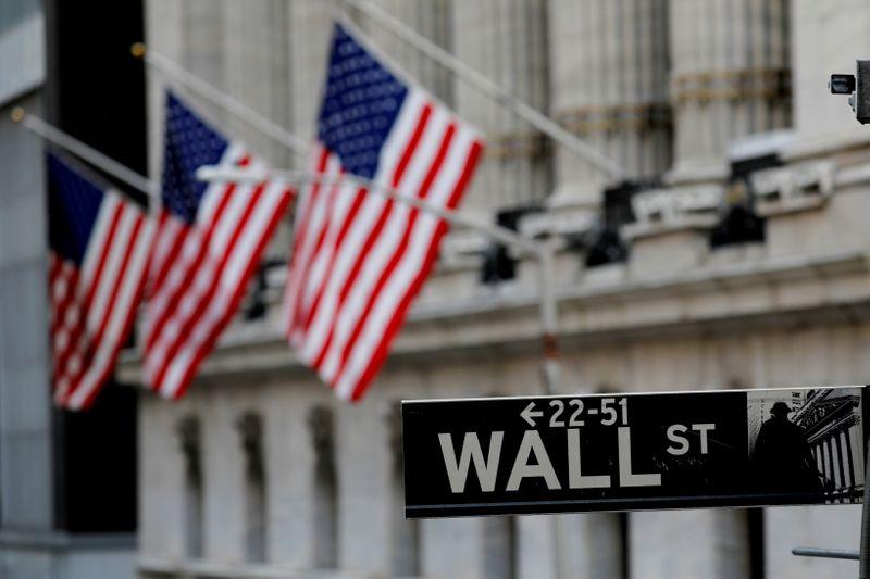 Wall Street finit en hausse, record du Dow, après les chiffres du chômage