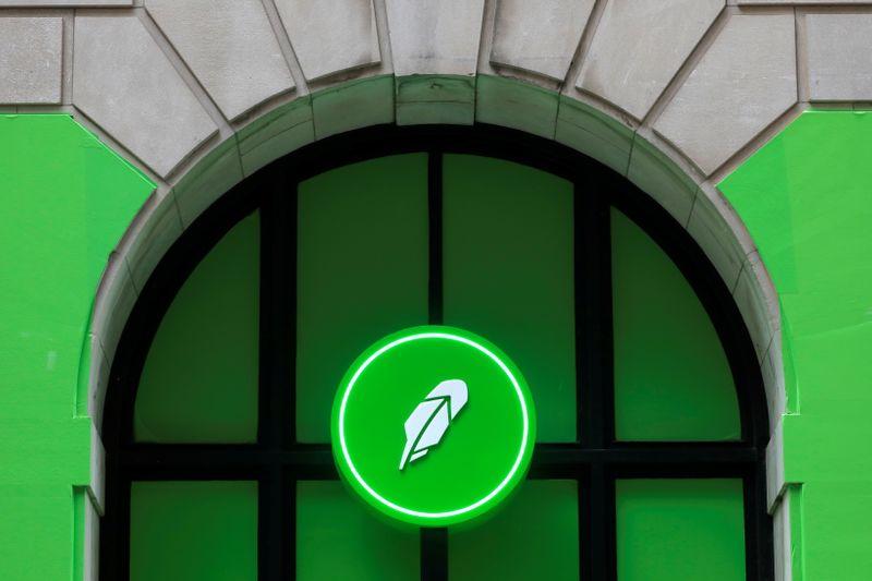 Robinhood chahuté par la SEC et PayPal