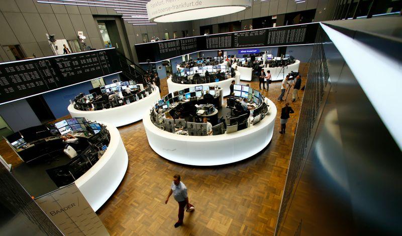 L'Europe finit dans le rouge, Wall Street prudent avant la Fed